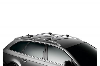 image of thule wingbar edge roof racks installed on a car